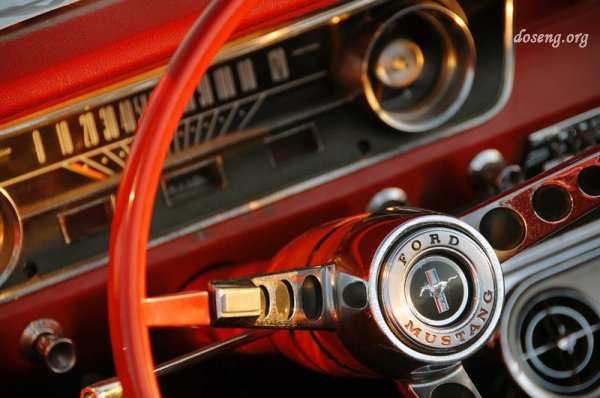 45 лет легендарному Ford Mustang (19 фото)