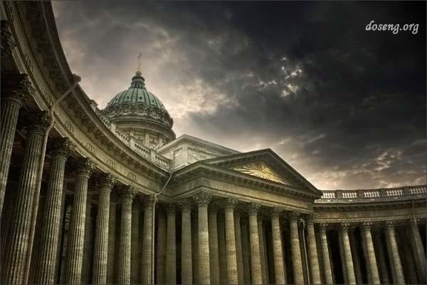 Мистические тайны города на Неве (13 фото)