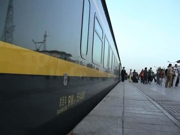 Цинхай-Тибетская железнодорожная магистраль - дорога на крышу мира (31 фото)