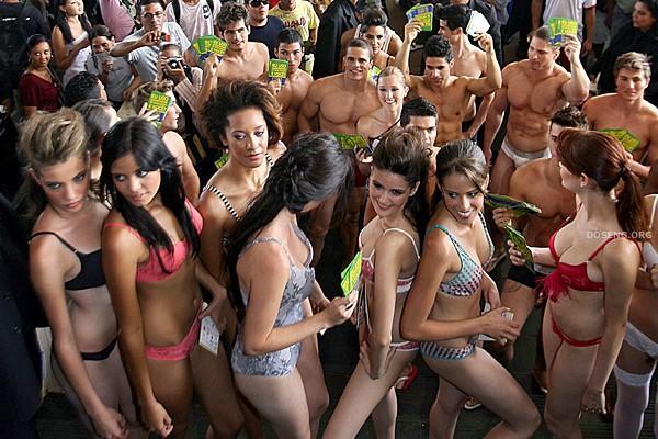 Бразильский День Нижнего Белья (12 фото)