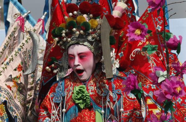 Фестиваль в Китае (40 фото)