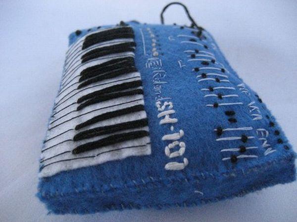 Плюшевые инструменты (12 фото)