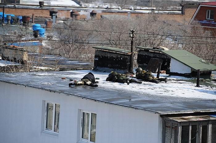 Спецоперация во Владивостоке (18 фото)