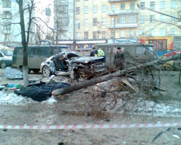Жуткая авария в Челябинске (12 фото)