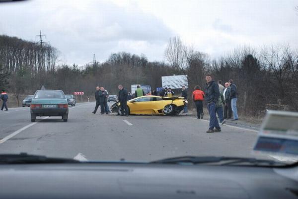 Битые Lamborghini (8 фото)