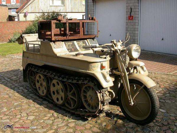 Крутой мото-танк (5 фото)