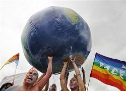 Антиглобалисты готовят митинги к юбилею НАТО