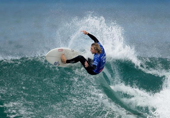 Чемпионат мира по серфингу Rip Curl Bells Beach Pro 2009 (15 фото)
