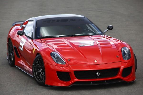 Новый спорткар Ferrari 599XX (10 фото)