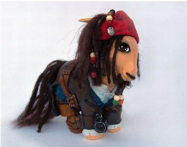 Игрушечные пони (25 штук)