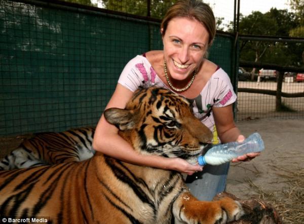 Необычный зоопарк - Lujan Zoo в Аргентине (6 фото)