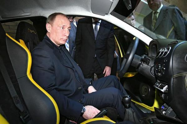 Фотожаба. Путин и машина (11 фото)