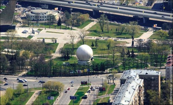 Смотровая площадка останкинской телебашни - 337 метров над Москвой (32 фото)