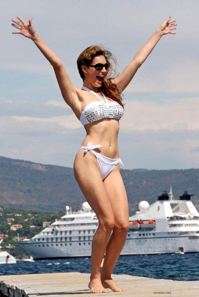 russkie-aktrisi-v-bikini