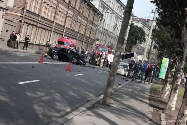 Авария в Питере (9 фото)