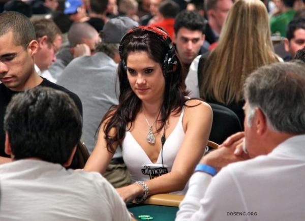 Очаровательные девушки с чемпионата мира по покеру 2009 (30 фото)