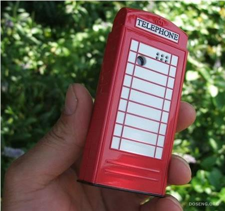Мобильник в виде телефонной будки