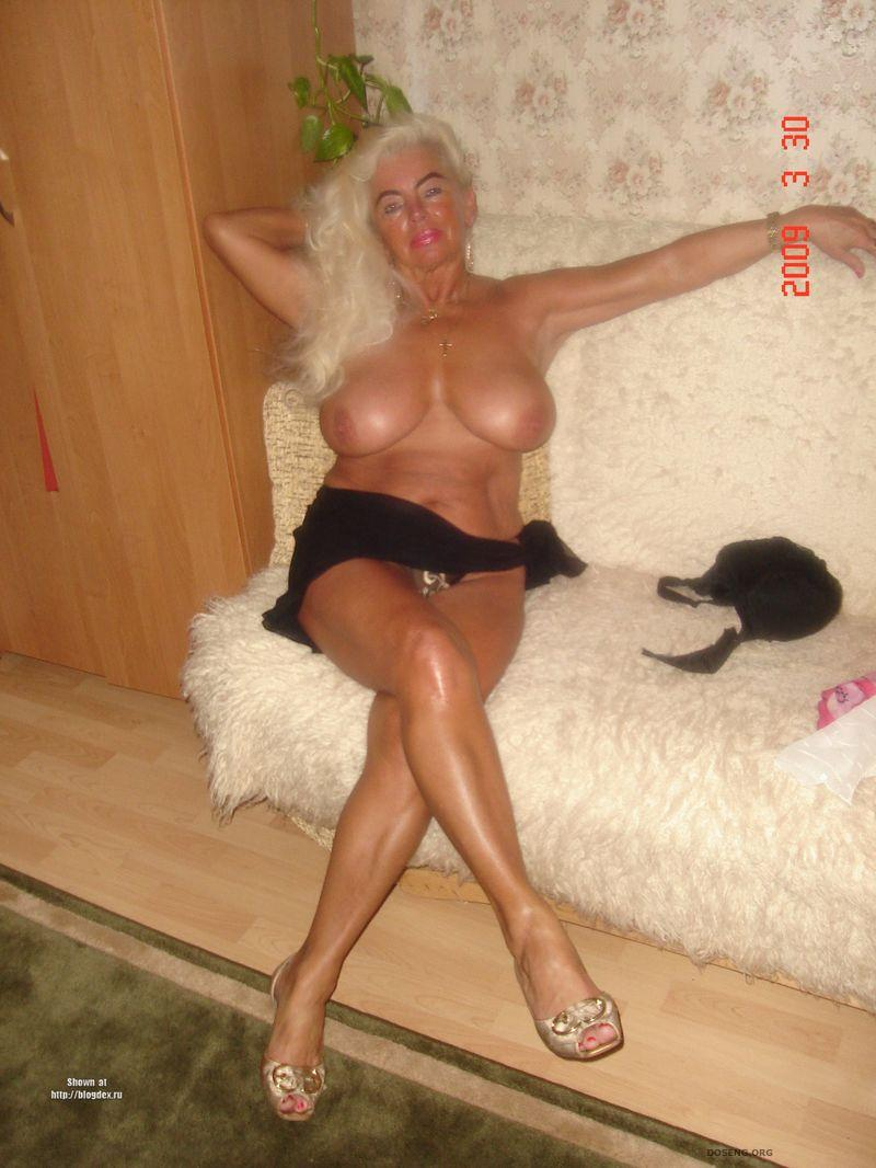 golie-seksualnie-babushki-foto