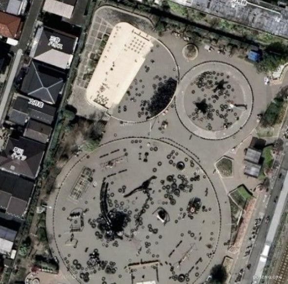 Интересная игровая площадка (14 фото)