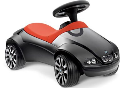Новый BMW Baby Racer II - порадуй свою ляльку!