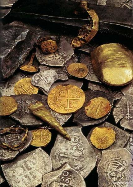 9,5 тонны золота достали водолазы со дна океана