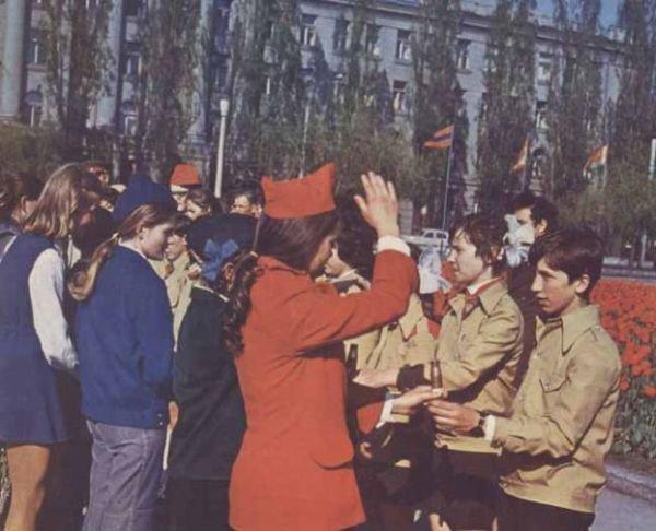Как мы жили в СССР (43 фото)