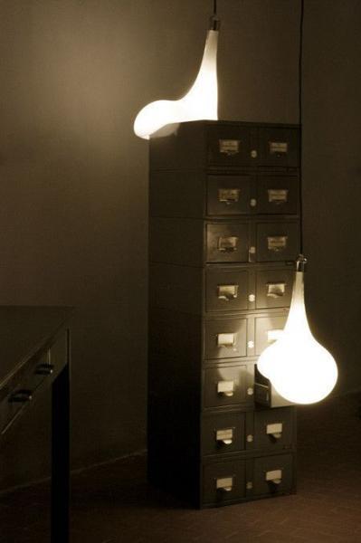 Лампы расплавились! Авторская коллекция Light Blubs (10 фото)
