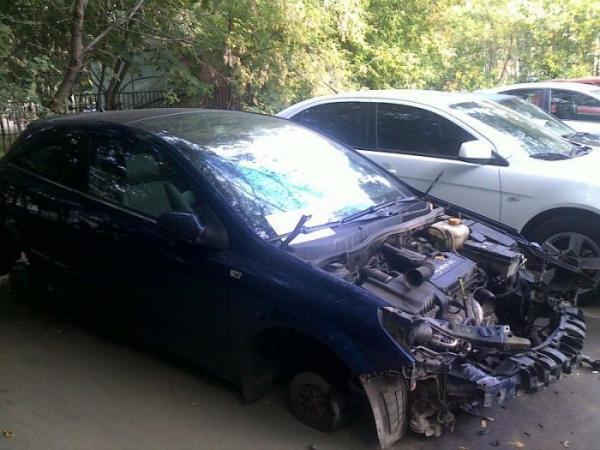 Что может произойти с машиной после ночи (5 фото)