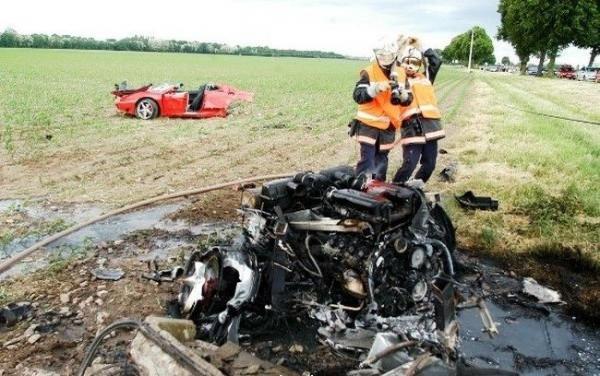 Жуткие аварии (15 фото)