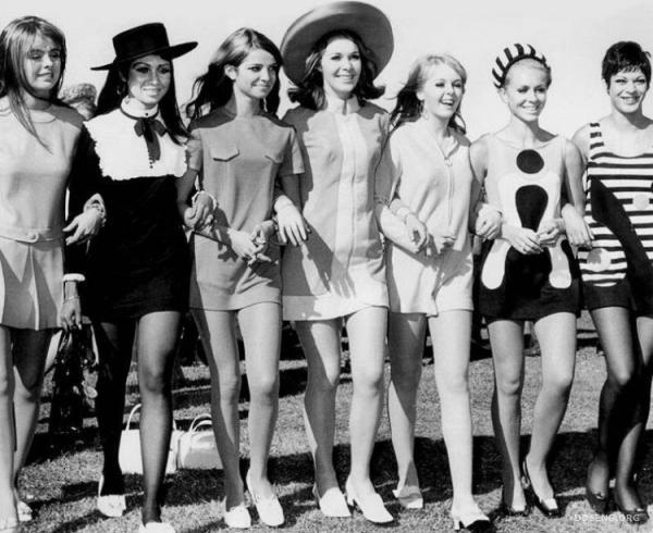 Мини-юбки 70-х годов (36 фото)