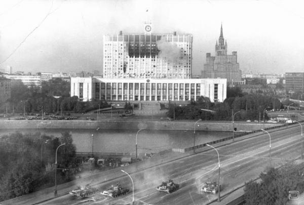 Конфликт двух ветвей российской власти (19 фото)