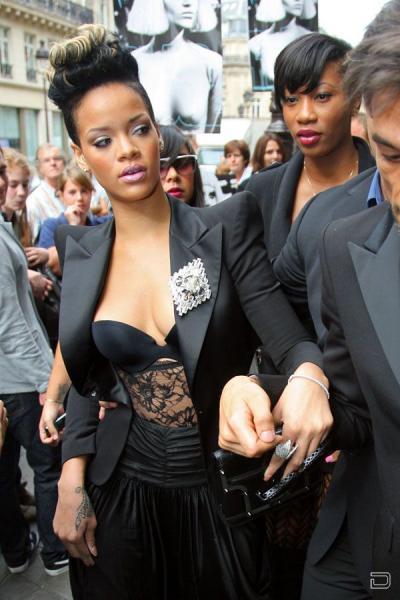 Рианна (Rihanna) (5 фото)