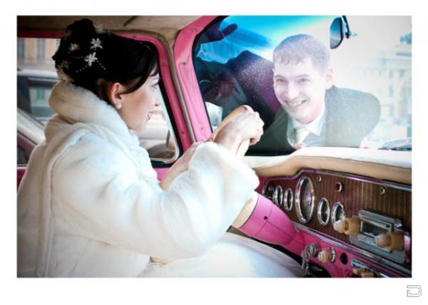 Прикольные свадебные лимузины (24 фото)