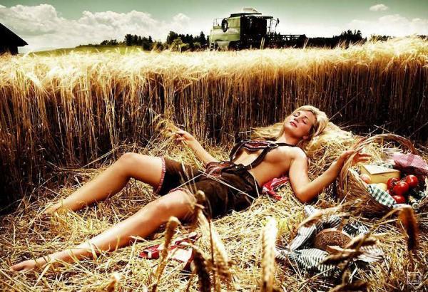 Немецкие фермерши (12 фото)