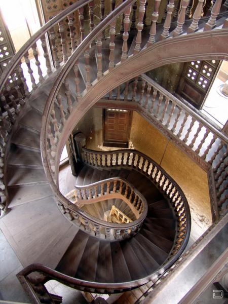 Невероятные лестницы мира 20 фото