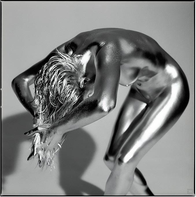 http://doseng.org/uploads/posts/2009-11/1257768199_sexy_sylver02.jpg