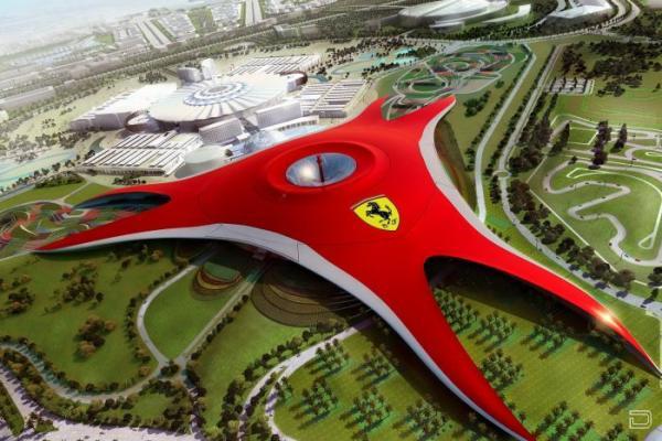 Первый в мире тематический парк аттракционов - Ferrari Park (8 фото)