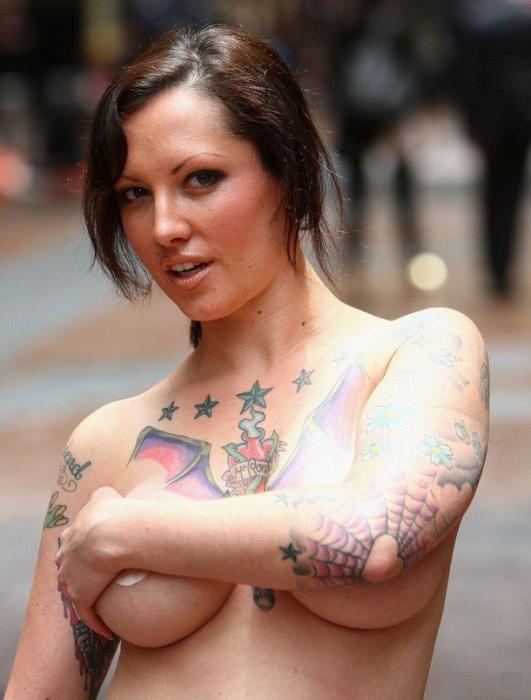 Вместо шубы татуировка (5 фото)