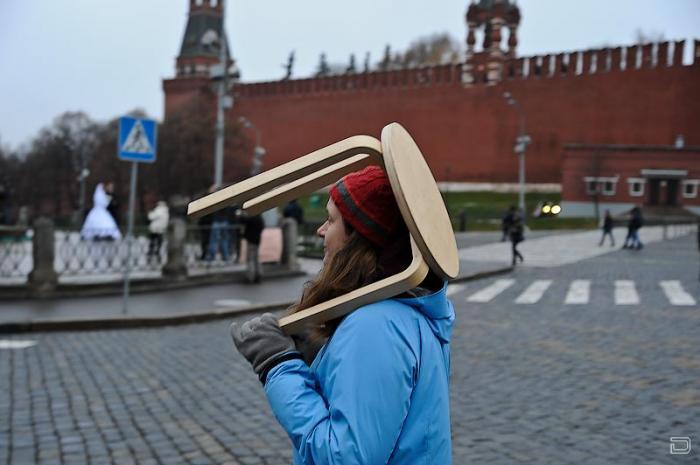 Флешмоб на Красной площади с табуретом (20 фото)