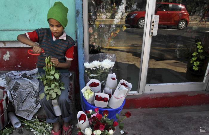 Дети по всему миру до сих пор страдают от бедности, насилия и болезней (19  ...