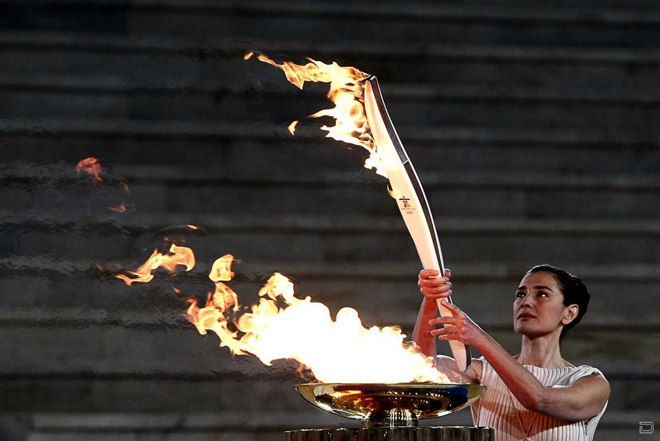 картинка факел олимпийского огня современных игр появившемся диалоговом