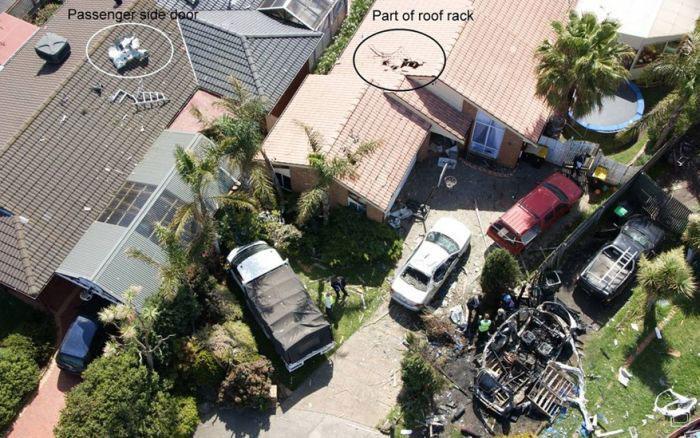Взрыв автомобиля (10 фото)