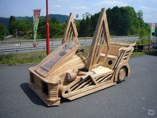 Деревянный спорткар (6 фото)