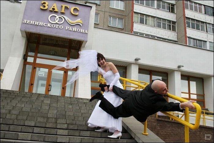 Прикольные свадебные фото (18 фото)