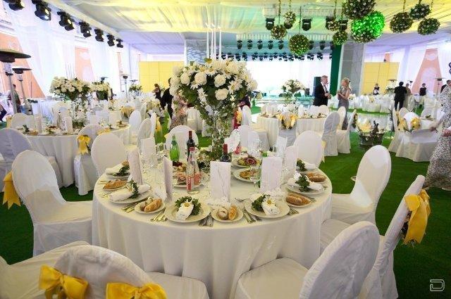 Одна из самых шикарных и дорогих свадеб (14 фото)