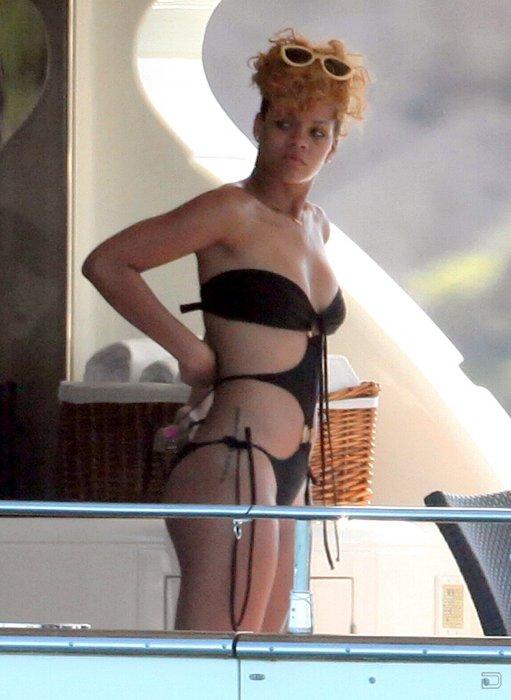 Рианна (Rihanna) (9 фото)