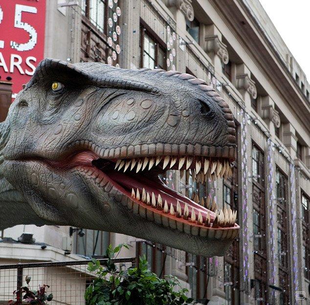 Нашествие динозавровв центре Лондона