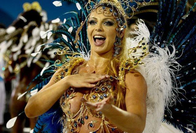 Бразильские сексуальные девушки на карновале фото фото 85-599