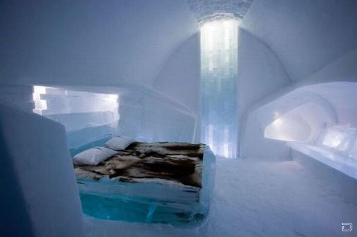 Отель из льда (12 фото)