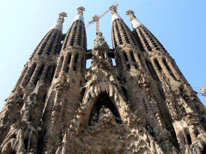 Храм в Испании (23 фото)